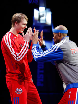 Kyle Singler is bemused by Maggette's new moves (Getty Images)