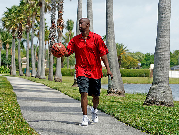 Kenny Anderson dribbles near his Florida home in 2010. (Charles Trainor Jr./Miami Herald/MCT/Getty)