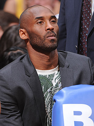 Kobe Bryant apparently doesn't want his mom to sell his stuff. (Andrew D. Bernstein/NBA/Getty Images)
