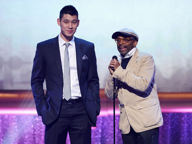 Jeremy Lin and Spike Lee, just minutes before Lee gave Yenchin Chang's home address out on Twitter (Getty Images)