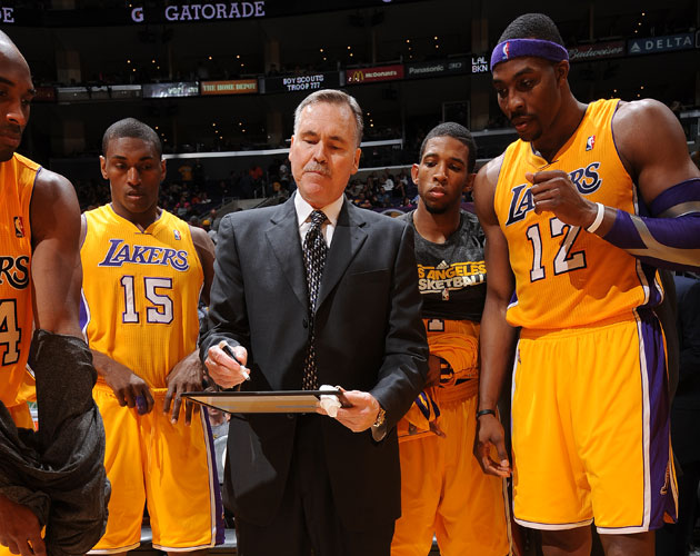 Mike D'Antoni draws up a winner in his first Lakers victory (Getty Images)