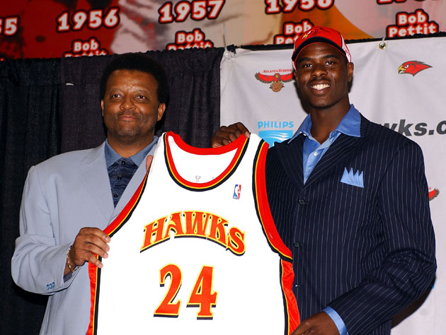 The Atlanta Hawks draft Not Chris Paul (Getty Images)