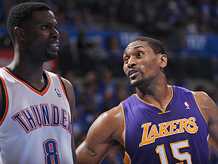 Metta World Peace and Nazr Mohammed swap war stories. (Getty Images)