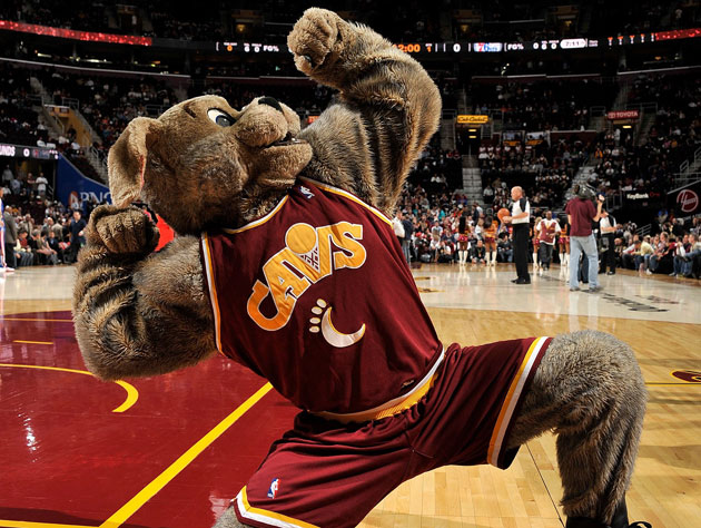 Moondog is clearly not as strong as he looks (Getty Images)