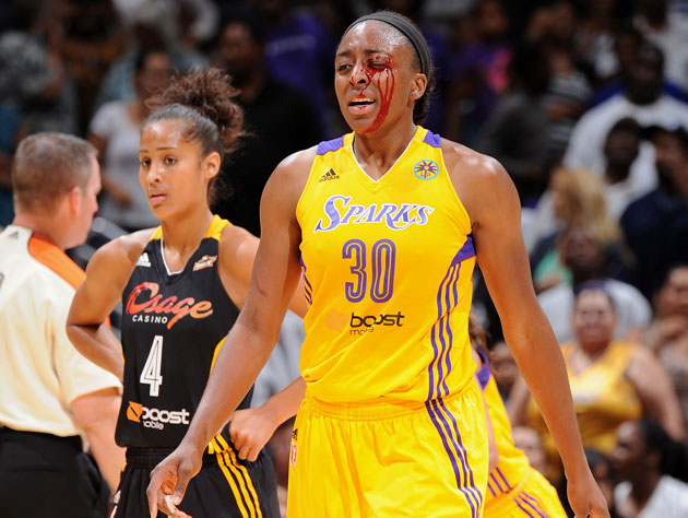 Nneka Ogwumike's teammate did this to her ... while celebrating (Getty Images)