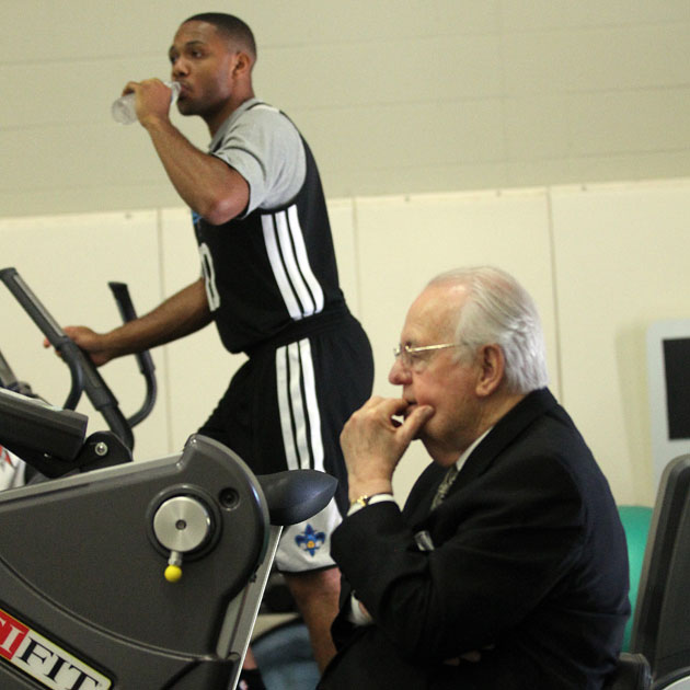 Eric Gordon rehabs while owner Tom Benson tries to figure this contraption out (Getty Images)