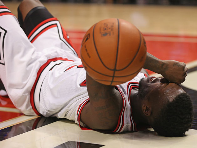 Nate Robinson in the final minute of Game 6 (Getty Images)