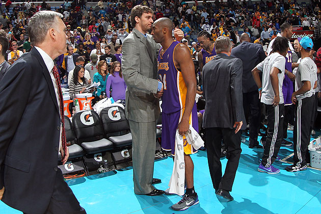 No, we said 'turn down,' Pau. No need to say goodbye to Kobe. (Layne Murdoch/NBA/Getty Images)