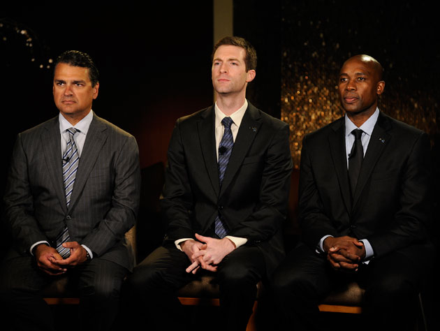 Alex Martins, Rob Hennigan and Jacque Vaughn pose the way Coach Pop told them to (Getty Images)