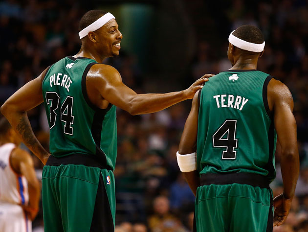 Paul Pierce thanks Jason Terry for having his back (Getty Images)