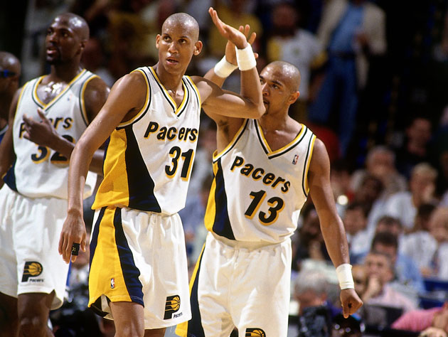 Reggie Miller and Mark Jackson fail to connect (Getty Images)