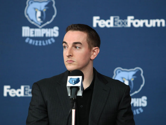 Robert Pera is alarmed by something 'HaddadiGrl99' just wrote (Getty Images)
