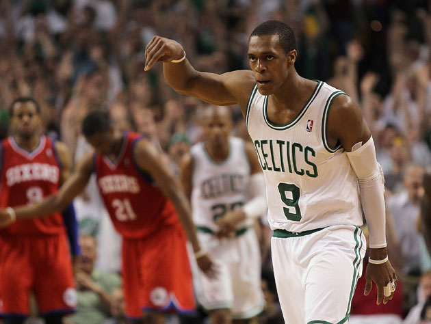 In case you were wondering if Rajon Rondo still looks weird without the headband (Getty Images)