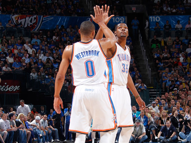 Russell Westbrook and Kevin Durant don't appear to care about your stats (Getty Images)