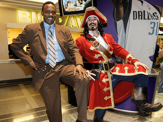 Rolando Blackman poses with Captain Morgan at the American Airlines Center in March 2011. (Brandon Wade/AP)