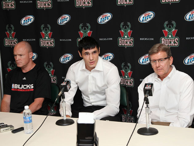 Scott Skiles and John Hammond, um ... focus? (Getty Images)