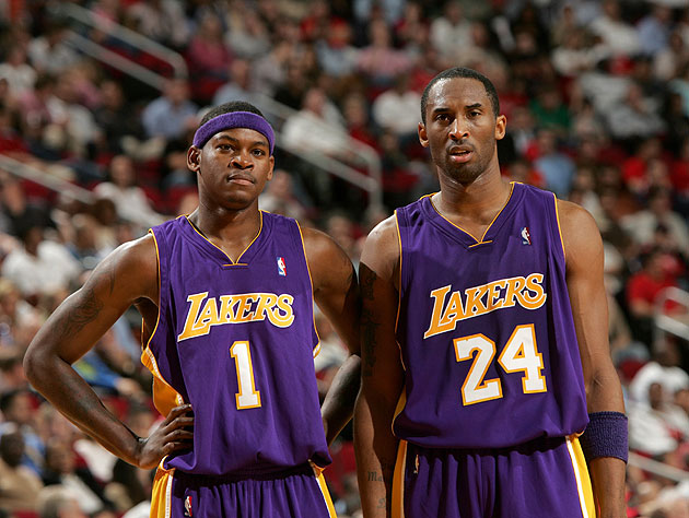 Smush Parker is disappointed and Kobe Bryant is slack-jawed. Perfect. (Getty Images)