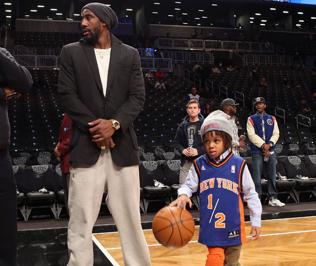 Amar'e Stoudemire and Amar'e Stoudemire Jr. on Monday night (Getty Images)