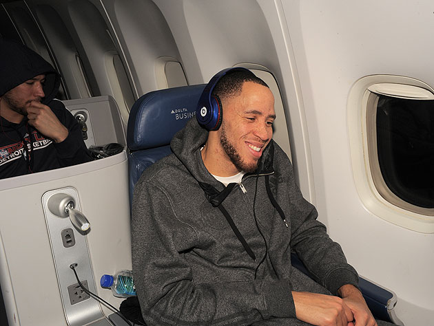 Tayshaun Prince on the flight to London (Getty Images)