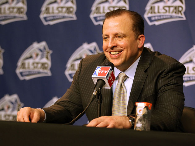 Tom Thibodeau, hydrating (Getty Images)