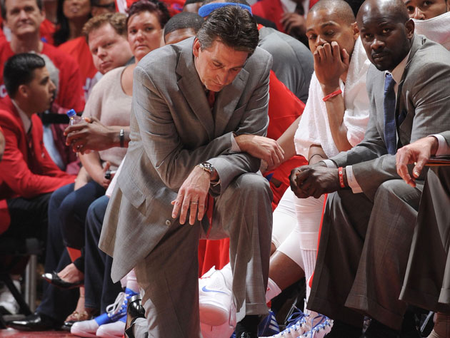 We don't know what to do either, Vinny Del Negro. They're the Spurs. (Getty Images)