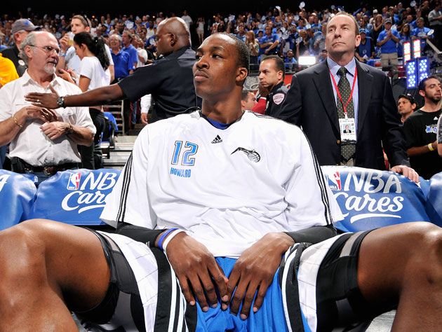 Dwight Howard counts the days until the end of this miserable season (Getty Images)