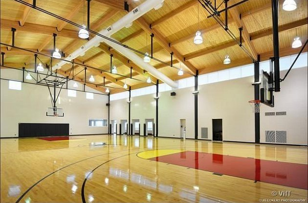 One lucky multi-millionaire will get to shoot hoops on MJ's personal court (via Realtor.com).