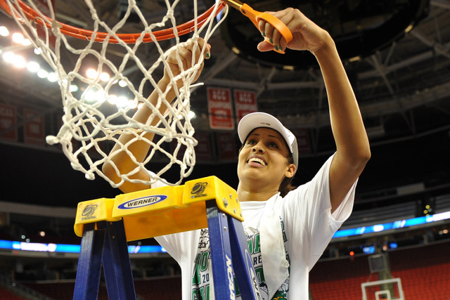 Skylar Diggins helped Notre Dame become the fourth No. 1 seed to make the women's Final Four (Getty Images)