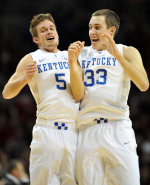 Jarrod Polson and Kyle Wiltjer (Getty Images)