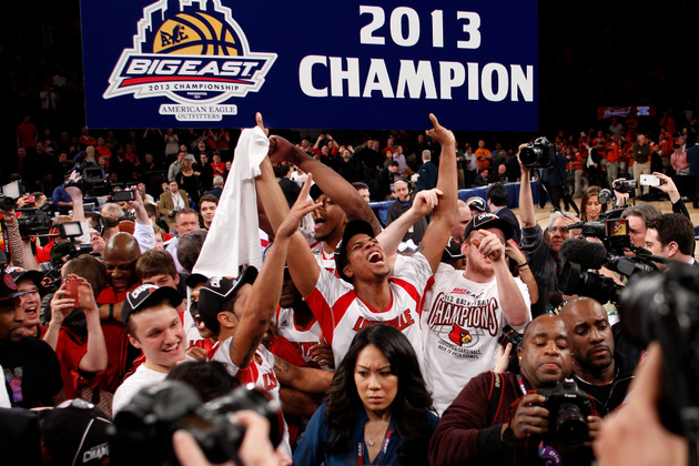 Wayne Blackshear celebrates Louisville's Big East tournament title (Getty Images)