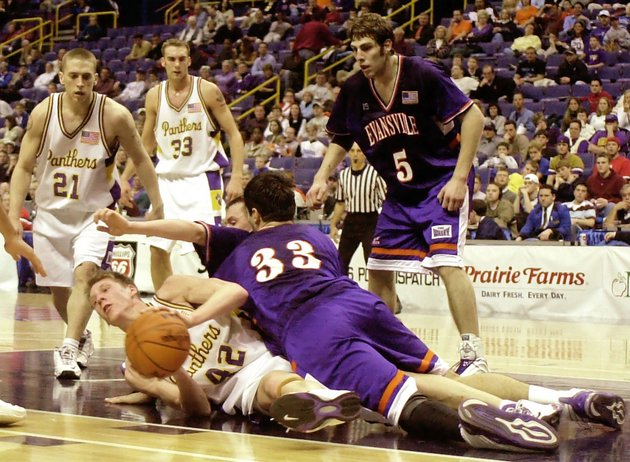 Evansville last wore these short-sleeved jerseys during the 2002-03 season (AP)
