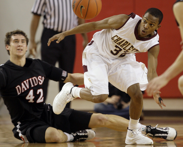 Davidson and College of Charleston will be measured against one-another (AP)
