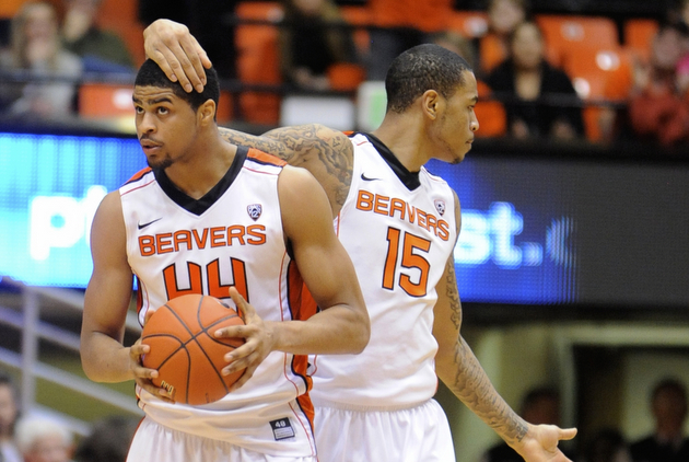 Eric Moreland (15) and Devon Collier (44) (AP)
