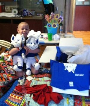 Avery opens a care package friends in Saint Louis recently sent (via @ChrisHarriman24)