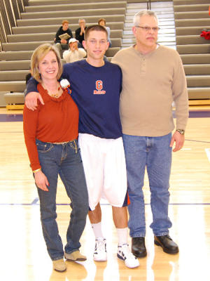 Weissman and his mother and father before Saturday's game. (Tommy Riggs/Gettysburg)