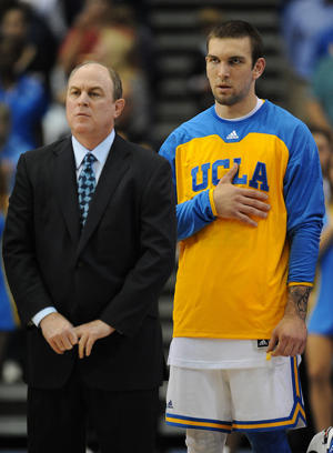 Ben Howland and Reeves Nelson (US Presswire)