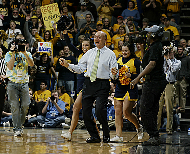 Dick Vitale dances before last February's Murray State-Saint Mary's game (US Presswire)