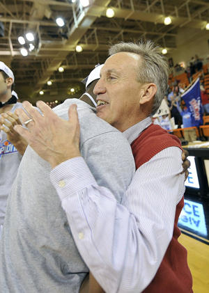 Ian Clark and Rick Byrd celebrate last year's Atlantic Sun title (USA Today Sports Images)