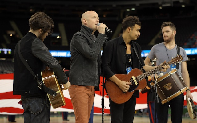 The Fray's dreadful national anthem performance at the NCAA ...