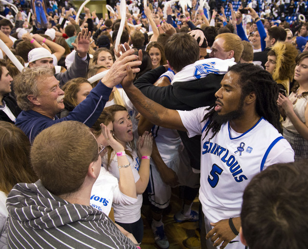 Saint Louis guard Jordair Jett celebrates after his team's win over Butler (USA Today Sports Images)