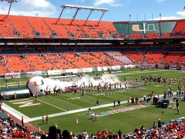 Miami vs. Bethune-Cookman, Sept. 15, 2012 (@bycasagrande)