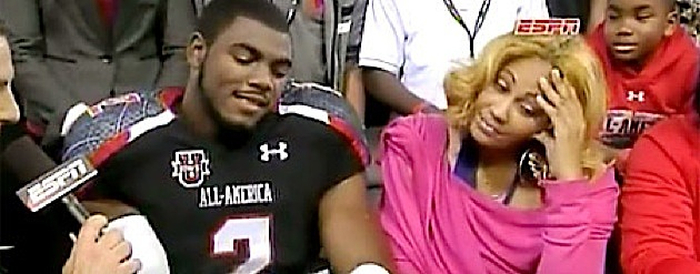 Recruit Landon Collins hides his shame after his mother disagrees with his collegiate choice