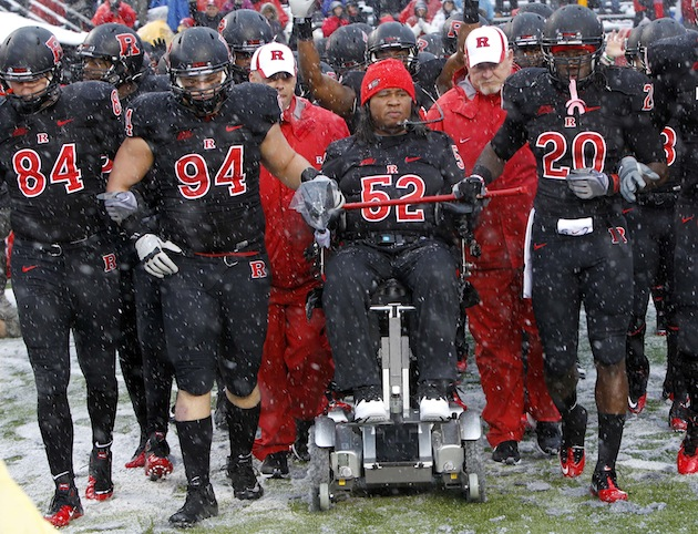 Paralyzed ex-Rutgers player Eric LeGrand signs with the Tampa Bay Buccaneers