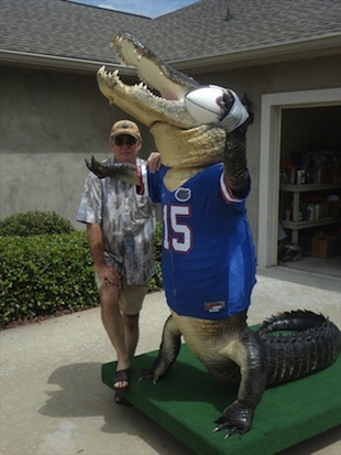 A mounted gator wearing a Tim Tebow jersey? Yes, yes it is