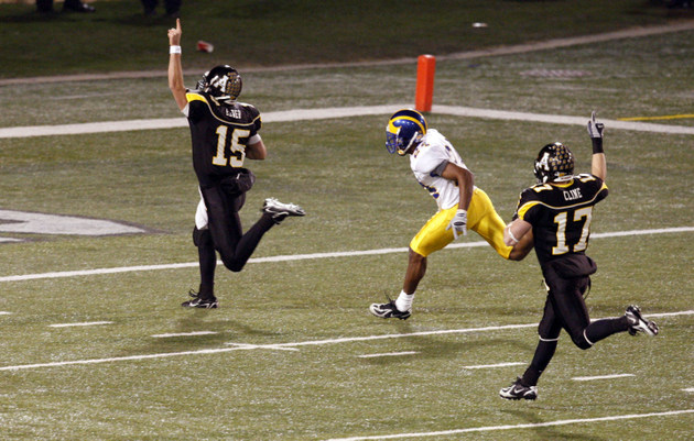 Appalachian State scores in the 2007 FCS title game (USA Today Sports Images)