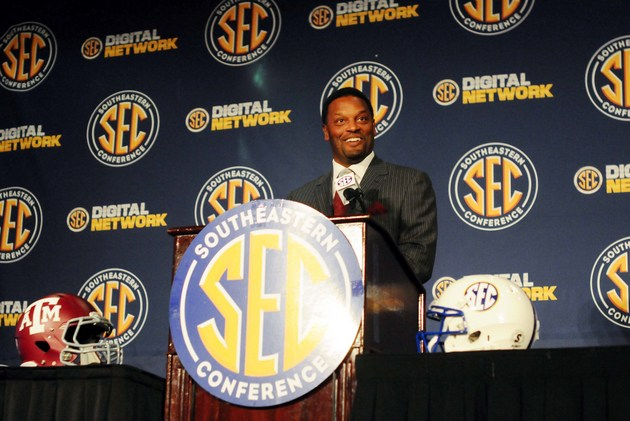 Texas A&M coach Kevin Sumlin (US Presswire)