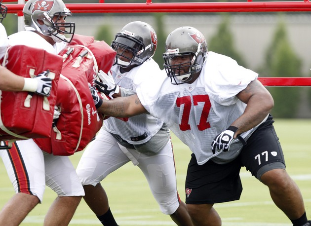 Buccaneers guard Carl Nicks, one of two Tampa Bay players to come down with MRSA (USA Today Sports Images)