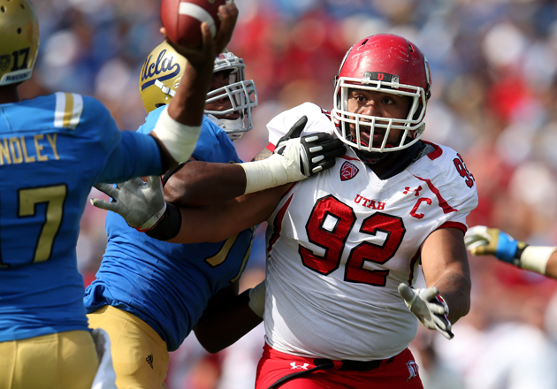 Star Lotulelei gets busy against UCLA. (Getty Images)