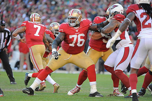 The 49ers have signed Anthony Davis to a five-year extension (USA Today Sports Images)