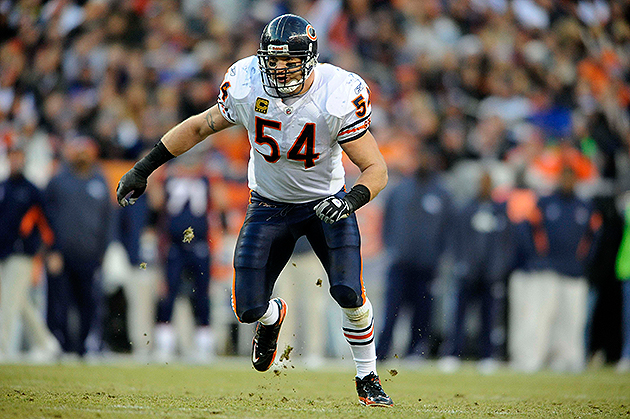 Brian Urlacher says departure from Bears is not mutual (USA Today Sports Images)